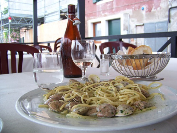 Spaghetti and Clams from Trattoria ai Frati